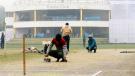 BCCI ની ફરી થઇ ફજેતી, કપડાં પ્રેસ કરવાની ઇસ્ત્રી વડે પિચ સુકવતાં જોવા મળ્યા કર્મચારીઓ