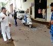 જૂનાગઢઃ કોંગ્રેસે મનપા કચેરીએ બંગડી બાંધી, કાર્યકરો રોષે ભરાયા