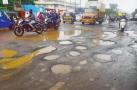 જૂનાગઢમાં માત્ર 18 ઇંચ વરસાદથી શહેરભરમાં ઠેર-ઠેર ખાડાઓનું સામ્રાજ્ય